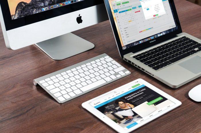 Un macbook pro connecté en ADSL